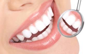Plano odontológico na lista de benefícios corporativos